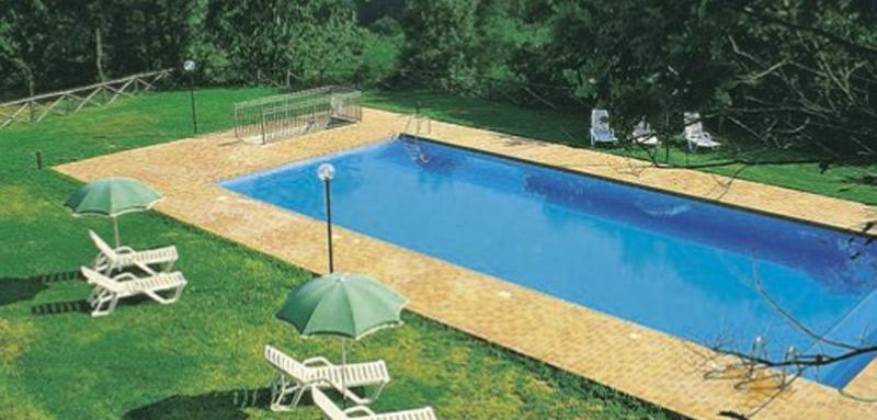 summer-camp-piscina